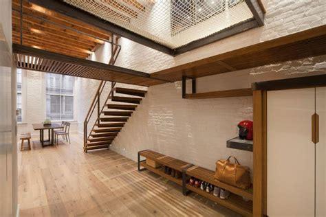 Distressed Spindle Floor L - pareti bianche con mattoni a vista 25 idee creative