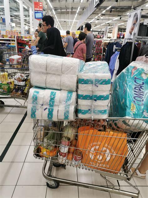 msians panic buy groceries  covid  lockdown fears kick  mothershipsg news