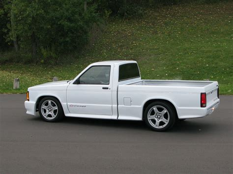 Chevy Truck With Rear Wheel Steering by For Sale 1991 S10 Cameo Lowered With C5 Wheels