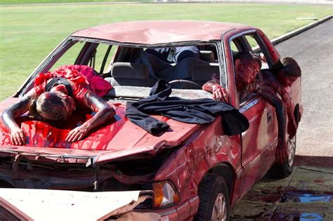 gory car accident victims most gory accident pics ever bing images