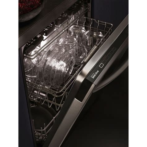Lg Dishwasher Top Rack Not Getting Clean by Lg Dishwasher With 3rd Rack For 2016 Review Ratings