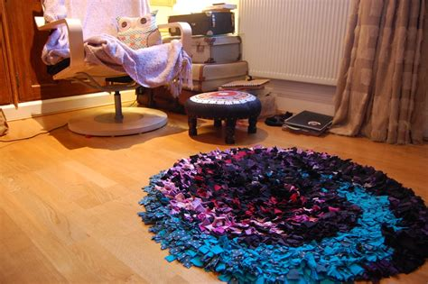 how to make rag rugs uk how to make a rag rug make do and mend