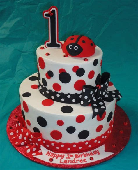 Bug Baby Shower Cakes by Ladybug Baby Shower Cakes Baby Shower And Nursery Ideas