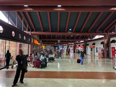 emirates terminal 2 jakarta jakarta soekarno hatta airport indonesia travel guide