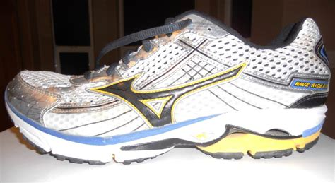 mizuno running shoes wave rider 15 mizuno wave rider 15 running shoes review running shoes guru