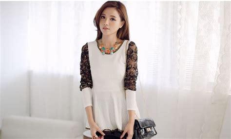 Blouse Atasan Baju Wanita Import Cotton Brokat Motif Timbul Putih 580 blouse korea wanita brokat cantik model terbaru jual