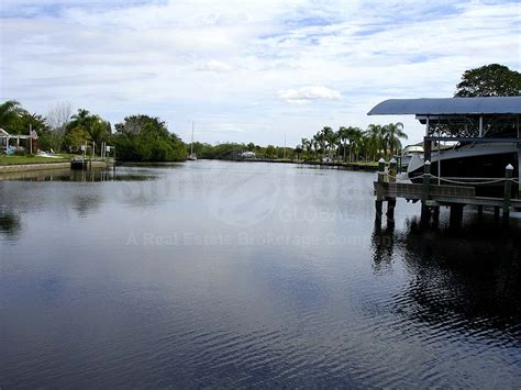 yacht colony yacht club colony real estate north fort myers florida fla fl