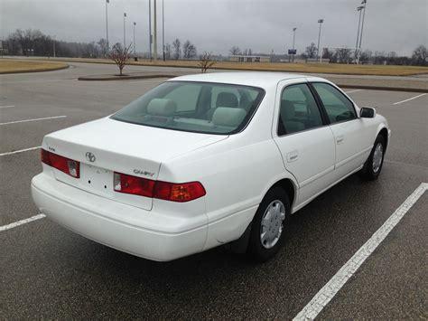 white  toyota camry   auto sales