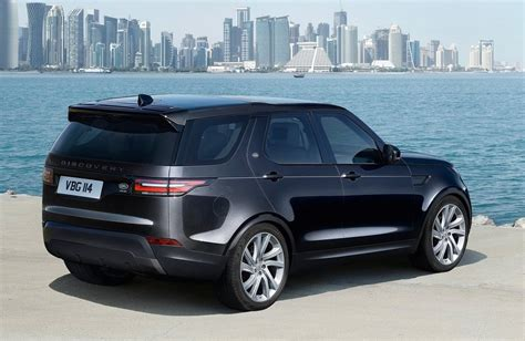 land rover discovery black 2017 2018 land rover discovery release date price facelift
