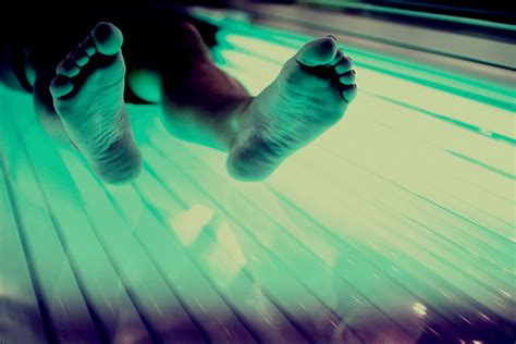 the tanning bed senate approves tanning ban for teens under 16 years old