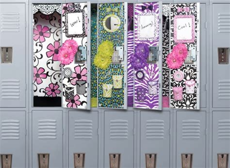 how to make locker decorations at home high school locker decorations