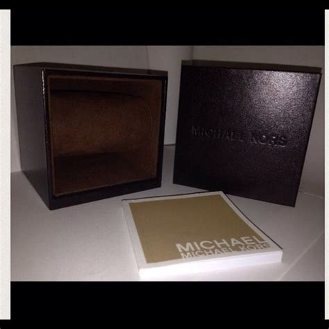 M Hael Kors Free Box michael kors accessories box poshmark