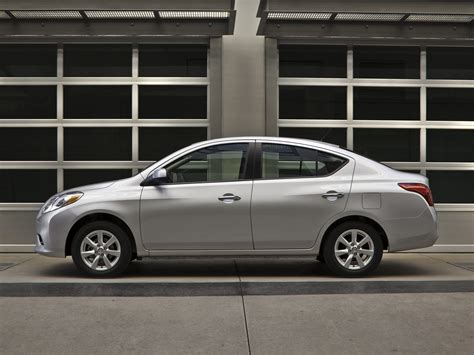 nissan sedan 2013 2013 nissan versa price photos reviews features