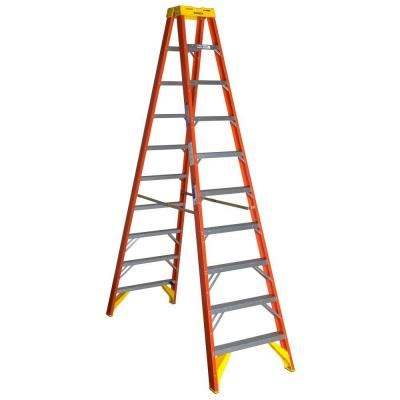 werner 10 ft fiberglass step ladder with 300 lb