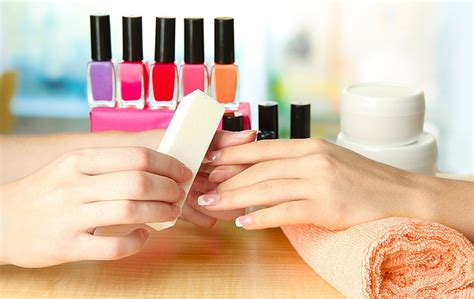 pose capsule ongle soin et pose d ongle angers vernis semi permanent ongles
