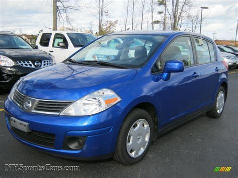 nissan versa blue 2009 nissan versa 1 8 s hatchback in blue metallic