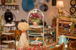 thrift store home decor ideas thrift shop decorating