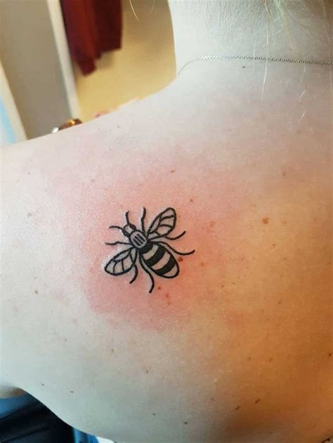 small tattoos for pictures to pin on tattooskid manchester bee pictures to pin on