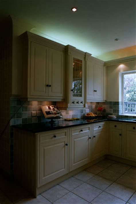 bespoke kitchen cabinets bespoke kitchen cabinets fitted kitchens kent uk