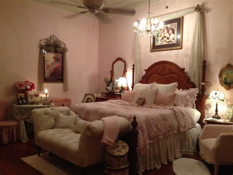 bedroom romance my romantic plantation home amy s country candles