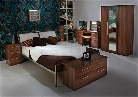 walnut bedroom ideas walnut bedroom furniture ideas egovjournal com home