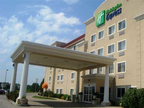 le merigot evansville front desk evansville indiana hotels rouydadnews info