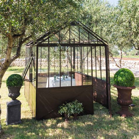 recherche serre de jardin d 233 co avec une serre en m 233 tal dans un jardin