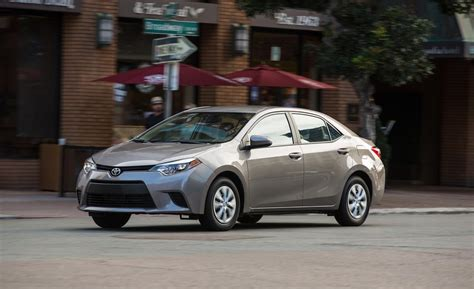 Toyota Corolla Le 2014 Car And Driver