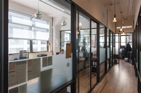 We Office by Wework Soho West Bright Office Windows It S Just Justin