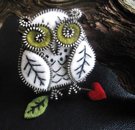 Top Zipper Owl Berkualitas 642 best images about felt crafts on brooches felt ornaments and wool