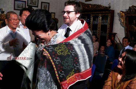 Kaos Request Tulisan Marga Batak mangain mengangkat anak dalam adat batak toba