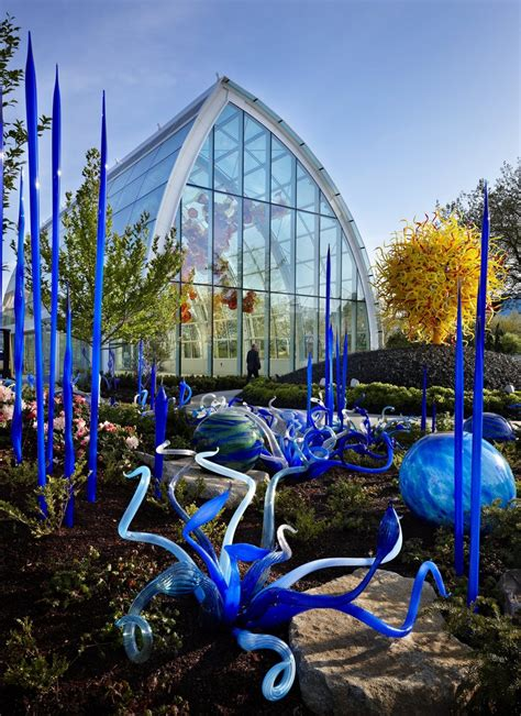 Chihuly Glass And Garden by A Seattle Center Garden To Match Chihuly S Vibrant