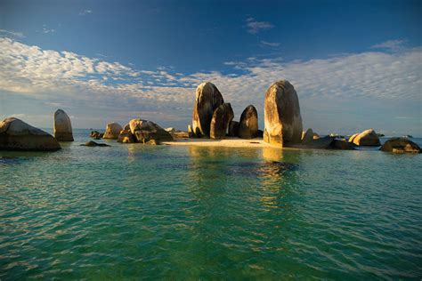 10 tempat wisata di cirebon yang wajib dikunjungi 10 tempat wisata di solo yang wajib dikunjungi aneka