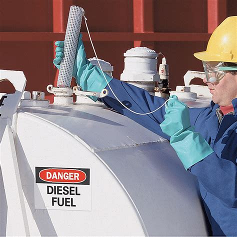 how to get water out of fuel tank boat get water out of your fuel tank expert advice