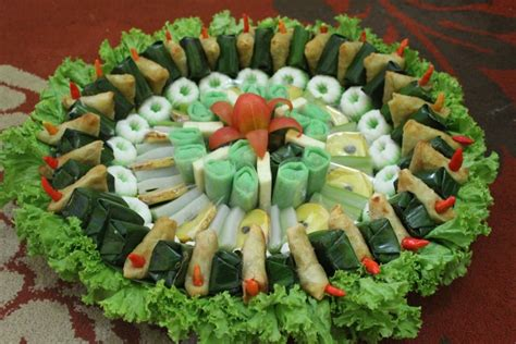 appetizing indonesian traditional snacks facts