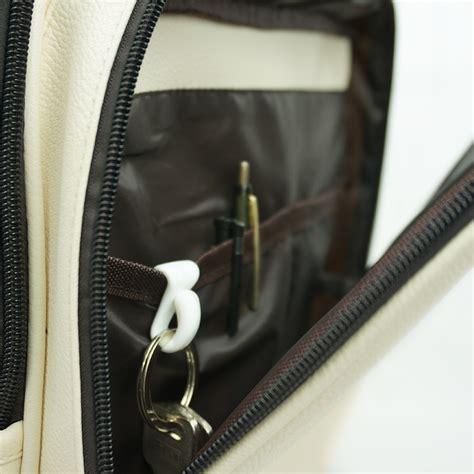 clip holder tempat gantungan kunci 2pcs black white