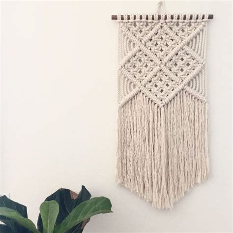 Macrame Wall Hanging Tutorial - 17 best ideas about macrame wall hanging patterns on