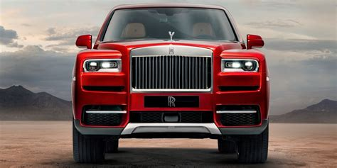 rolls royce cullinan vs bentley bentayga rolls royce cullinan vs bentley bentayga which one looks