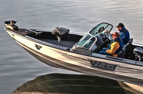 fishing boat dealers in michigan largest lund fishing boat and berkshire pontoon dealer in