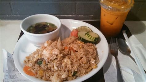 aroy dee thai kitchen financial district new york ny