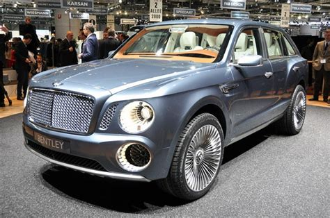 luxury bentley bentley debuts ultra luxury suv