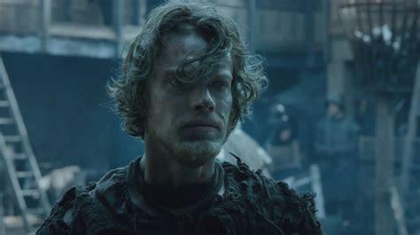 game of thrones theon actor game of thrones alfie allen doesn t really reek he promises