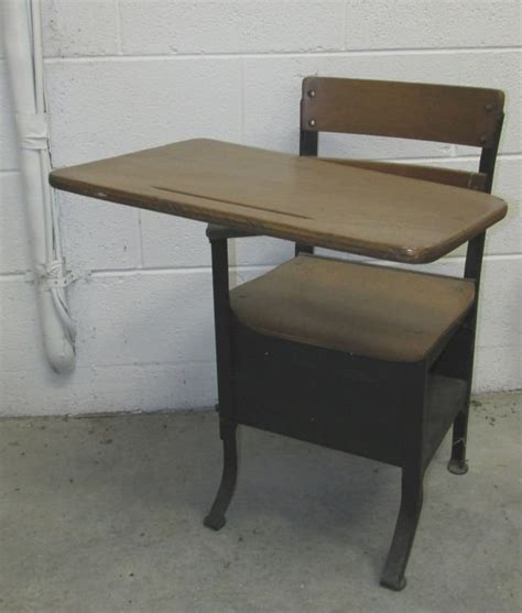 childs school desk 1940s lot 301