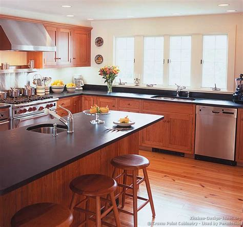 kitchen cabinet shaker shaker kitchen cabinets door styles designs and pictures