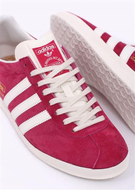 adidas originals gazelle og trainers pink