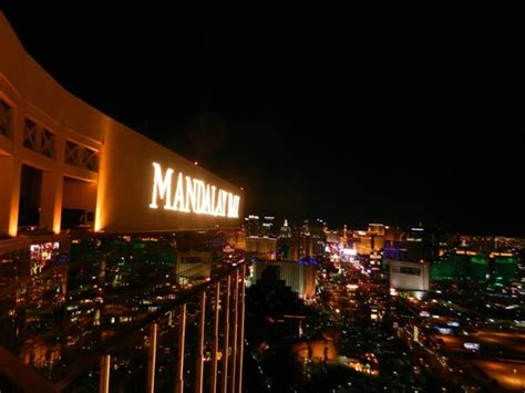 mandalay bay bar top floor the strip from the top floor balcony picture of mandalay