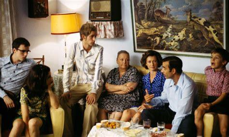 imagenes de la familia reunida el retorno del fugitivo la familia reunida fotos formulatv