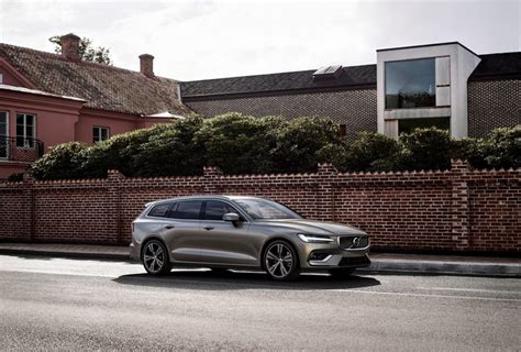 cnw volvo cars    north american debut    york international auto show