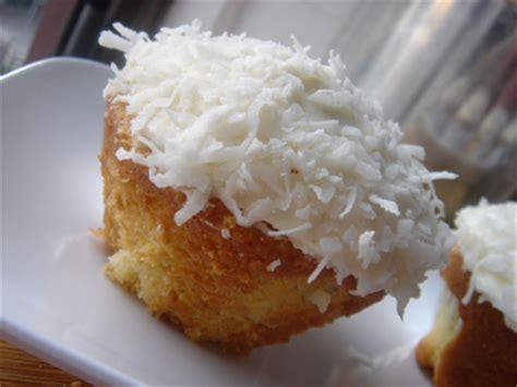 coconut cupcakes ina garten barefoot contessa s recipe freakishly delicious ina garten s coconut cupcakes 171 my