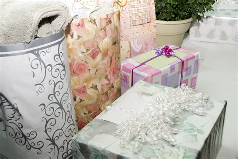 Stolen Target Gift Card - thieves target gift envelopes at weddings peninsula news